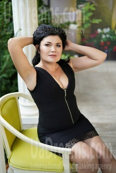 Victoria 47 years - single russian woman. My small public photo.