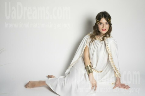 Ksenya from Lutsk 21 years - easy charm. My small public photo.