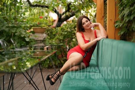 Kamilla 41 years - romantic girl. My small public photo.