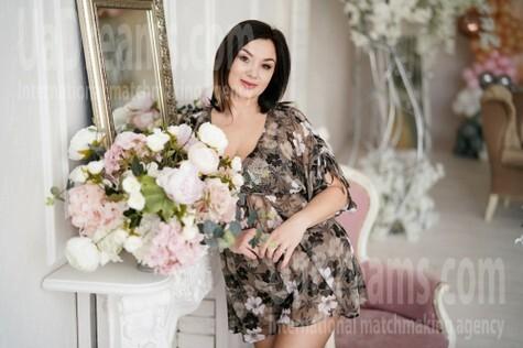 Kamilla 41 years - waiting for husband. My small public photo.