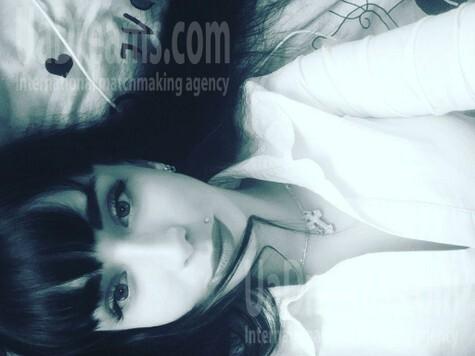 Angelina from Zaporozhye 24 years - sunny day. My small public photo.