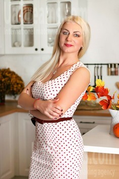 Helen from Zaporozhye 49 years - girl for dating. My small public photo.