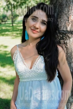 Natali 38 years - ukrainian bride. My small public photo.