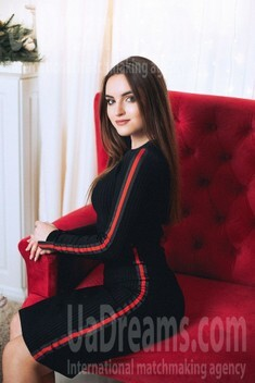 Maria from Poltava 19 years - introduce myself. My small public photo.