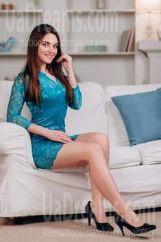 Maria from Poltava 18 years - nice fiancee. My small public photo.