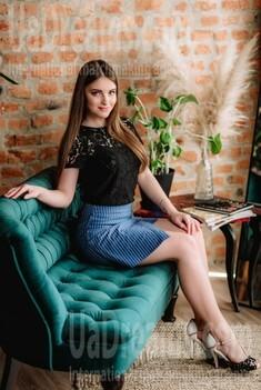 Maria from Poltava 19 years - future bride. My small public photo.