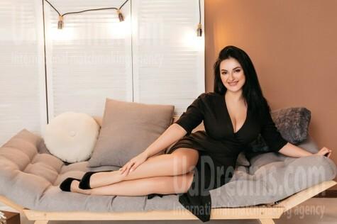 Mariana from Ivanofrankovsk 23 years - good girl. My small public photo.