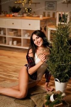 Liza Nikolaev 29 y.o. - intelligent lady - small public photo.