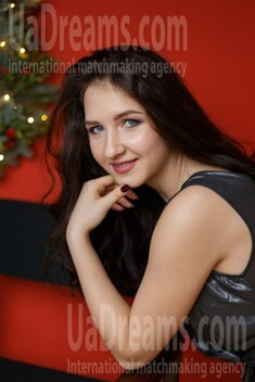 Margo from Dnipro 22 years - clever beauty. My small public photo.