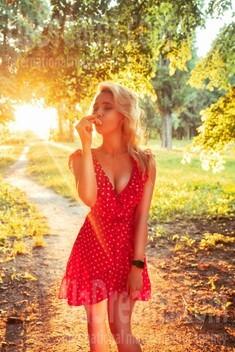 Ekaterina from Kiev 27 years - soft light. My small public photo.