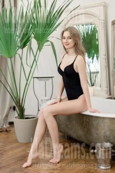 Valeriia from Kharkov 20 years - amazing appearance. My small public photo.