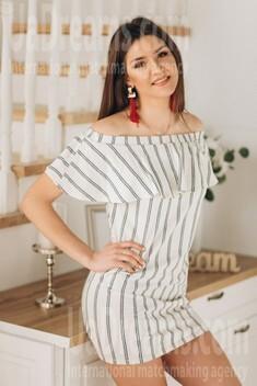 Tanusha from Poltava 22 years - sunny day. My small public photo.