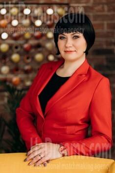 Svetlana from Poltava 42 years - good mood. My small public photo.