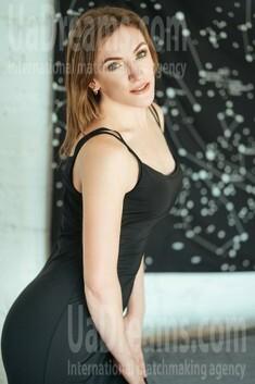 Natalia 39 years - nice fiancee. My small public photo.