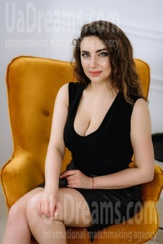 Marisha from Poltava 28 years - eyes with love. My small public photo.