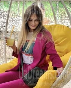 Sveta Nikolaev 25 y.o. - intelligent lady - small public photo.