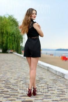 Oksana from Zaporozhye 20 years - attractive lady. My small public photo.