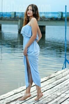 Oksana from Zaporozhye 20 years - hot lady. My small public photo.