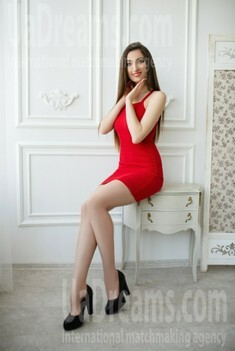 Katrin from Lutsk 25 years - cat's-paw. My small public photo.