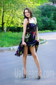 Alina Zaporozhye 29 y.o. - intelligent lady - small public photo.