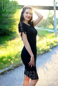 Alina from Zaporozhye 28 years - introduce myself. My small public photo.