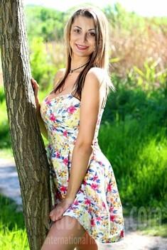 Kristi from Zaporozhye 30 years - bright smile. My small public photo.