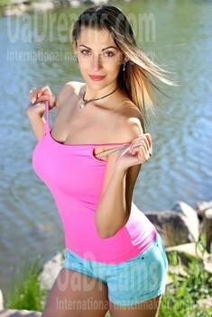 Kristi from Zaporozhye 30 years - hot lady. My small public photo.
