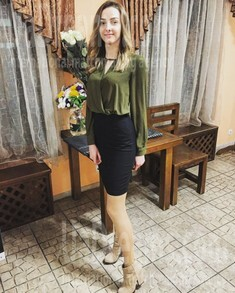 Darina from Dnipro 25 years - romantic girl. My small public photo.
