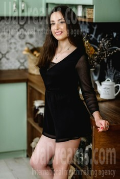 Lily from Poltava 23 years - intelligent lady. My small public photo.