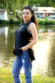 Olechka from Zaporozhye 43 years - desirable woman. My small public photo.