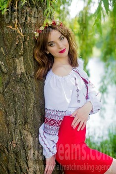 Hanna from Sumy 27 years - morning freshness. My small public photo.