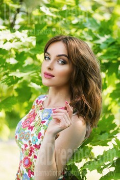 Hanna from Sumy 28 years - clever beauty. My small public photo.