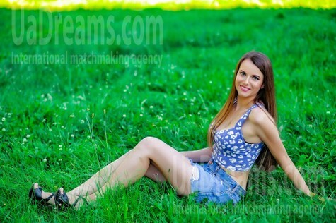 Alexa from Sumy 27 years - Music-lover girl. My small public photo.