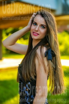 Alexa from Sumy 27 years - soft light. My small public photo.