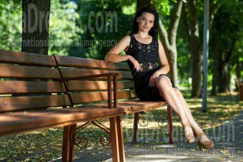 Olga from Kremenchug 34 years - ukrainian woman. My small public photo.
