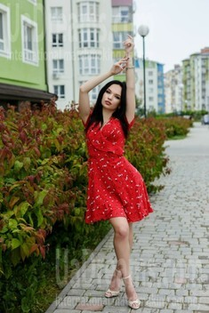 Vlada from Ivano-Frankovsk 20 years - independent woman. My small public photo.