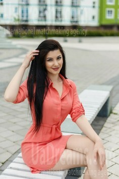 Nataliia from Ivano-Frankovsk 22 years - looking for relationship. My small public photo.