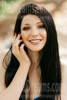 Nataliia from Ivano-Frankovsk 22 years - good mood. My small public photo.