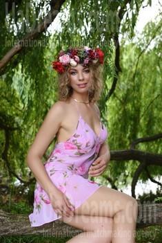 Tanyusha 27 years - hot lady. My small public photo.