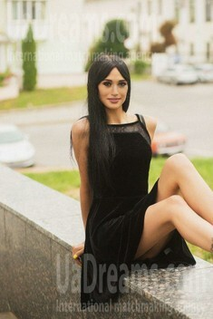 Jane from Sumy 22 years - carring woman. My small public photo.