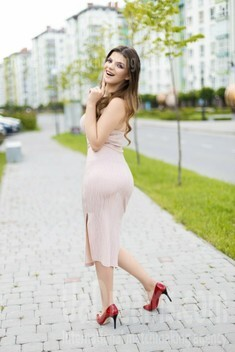 Marta from Ivano-Frankovsk 20 years - looking for relationship. My small public photo.