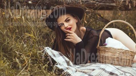 Marta from Ivano-Frankovsk 21 years - mysterious beauty. My small public photo.