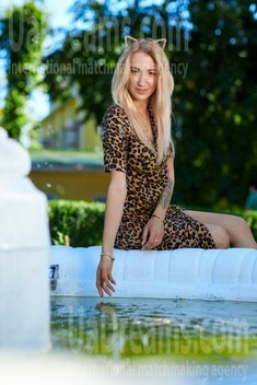 Nastya from Kremenchug 25 years - independent woman. My small public photo.