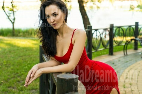 Katty from Kiev 31 years - favorite dress. My small public photo.