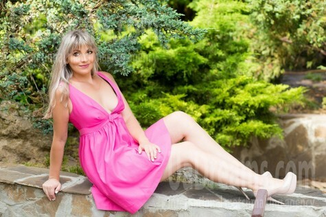 Katie from Sumy 32 years - girl for dating. My small public photo.