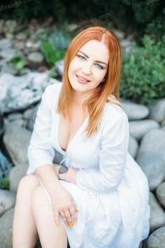 Viktoriia Kharkov 37 y.o. - intelligent lady - small public photo.