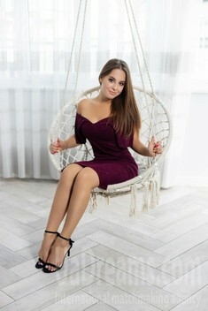 Nastia from Ivano-Frankovsk 23 years - waiting for you. My small public photo.