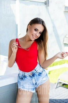 Nastia from Ivano-Frankovsk 23 years - want to be loved. My small public photo.
