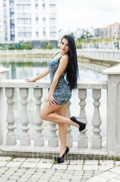 Viktoria from Ivano-Frankovsk 24 years - search for love. My small public photo.