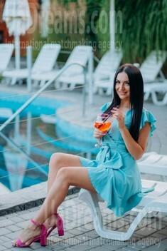Yana from Lutsk 25 years - loving woman. My small public photo.